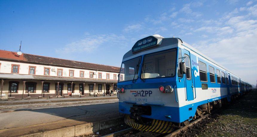 Putovali vlakom od Osijeka do Zagreba šest sati bez klime na skoro 40 stupnjeva