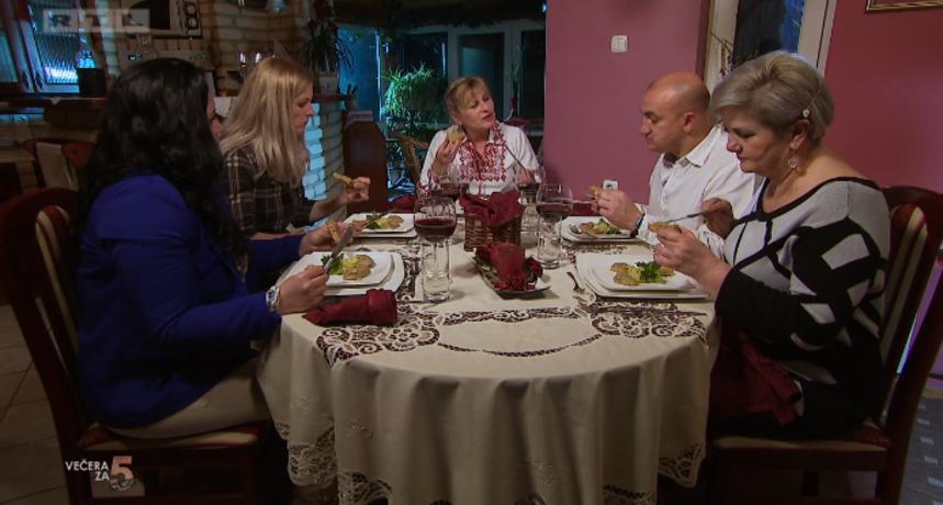 Gogina se večera jako svidjela gostima: Tri devetke i jedna desetka za smuđa i tortu od krumpira