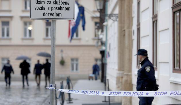 Nakon jučerašnjeg pokušaja ubojstva policajca: Ograničen pristup Markovom trgu