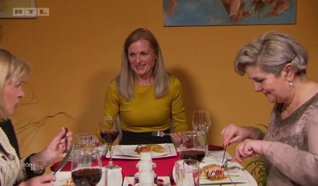 Gosti oduševljeni dekoracijom jela (thumbnail)