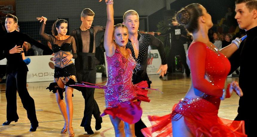 Plesne škole za djecu i udruge za sportski ples žele raditi: 'Zatvoreni smo punih 8 mjeseci. Ne možemo više'