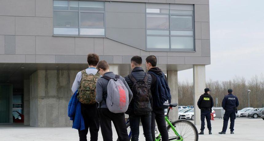 Okončana drama: Predao se muškarac koji je prijetio bombom u školi u Sisku