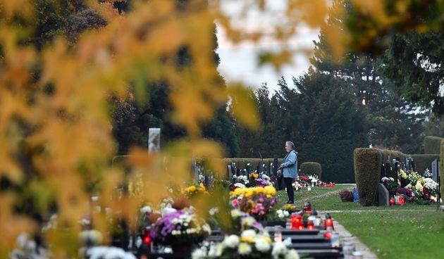 Sjećamo se najmilijih: Mir i spokoj na čakovečkom groblju, građani obilaze grobove