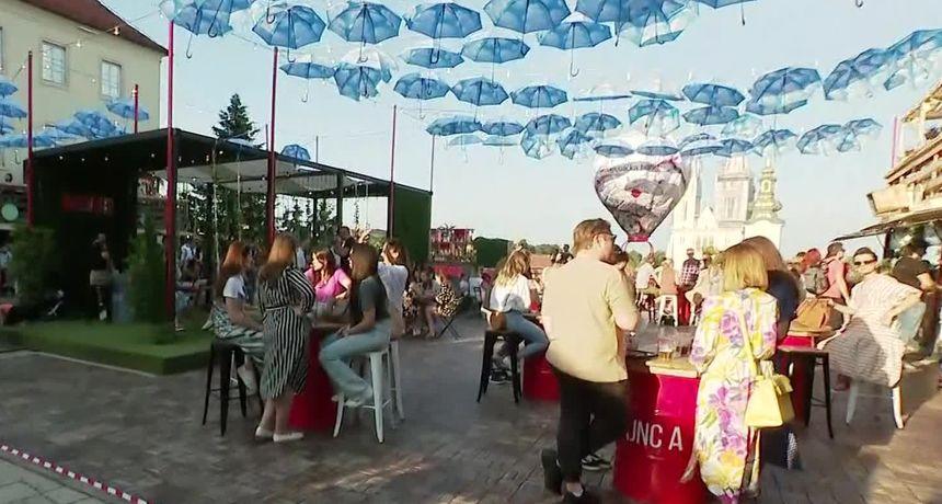 U Zagrebu na platou Gradec počeo pravi festival: 'Još ne možemo imati plesni podij, ali možete cupkati u mjestu'