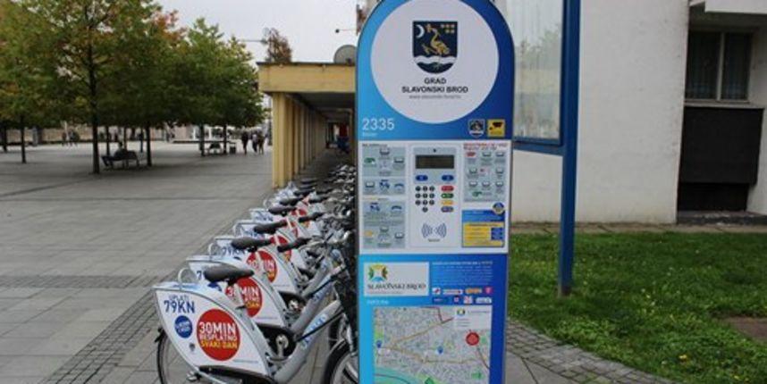 Slavonski Brod uveo sustav javnih bicikala