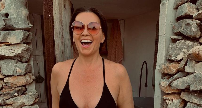 Nina Badrić pozirala u badiću: 'Baš mi je lijepa jer nije fotošopirala fotku'