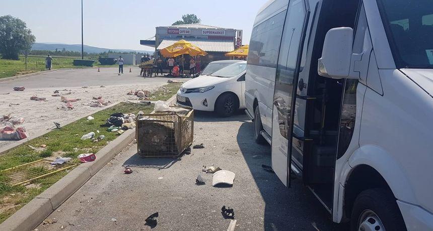 FOTO Stravična nesreća kod Novske: Kamion naletio na grupu ljudi. Dvoje mrtvih, a dvoje ozlijeđeno