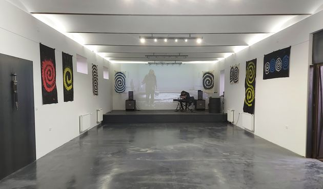 Izložbom 'Spirala je rođena' otvorena je ARTiljerija Galerija