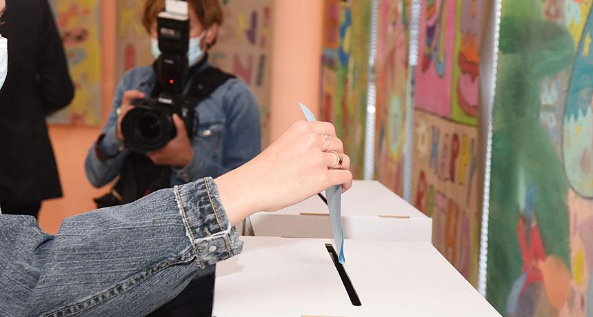 U Karlovačkoj županiji do 11.30 na izbore izašlo 12,6 posto birača - u zemlji 14,09 posto