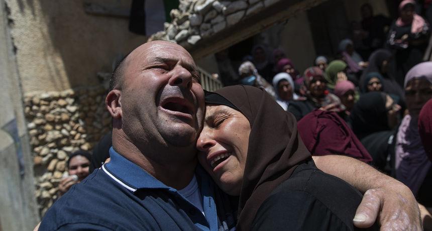 Izrael je u potpunom kaosu, poginuli su deseci civila: 'Sad je rat. Civile ubijaju uzalud'
