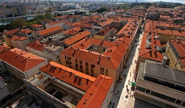 zadar, panorama sa zvonika svete stosije, poluotok, kalelarga, 21.04.07.