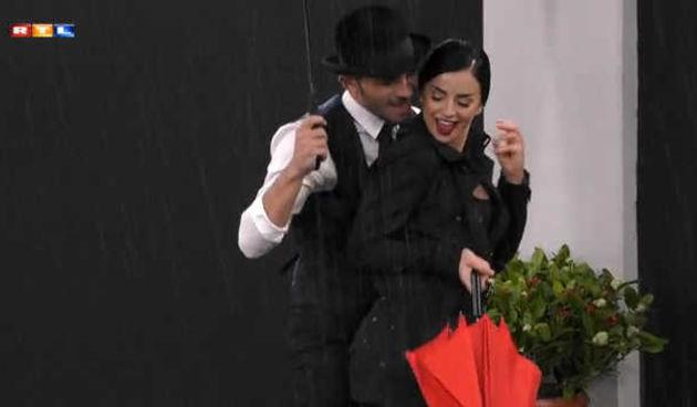 Tim 'Glee'- ples na kiši i zavodljivi pogledi (thumbnail)