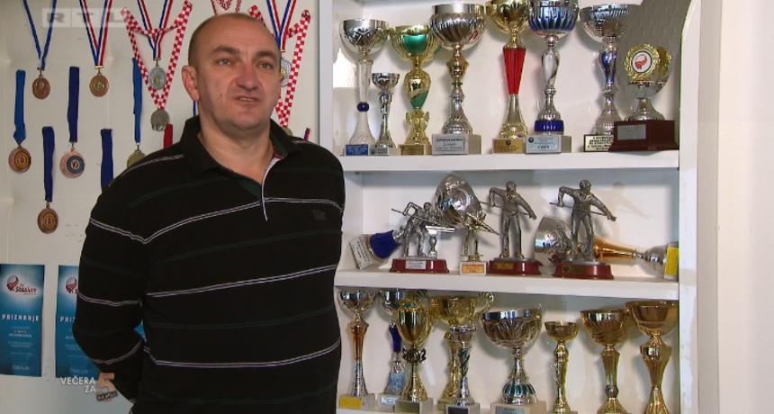 Večerašnji domaćin Tomislav: 'Kad vidim da su se moje gošće najele i da mi je uspjelo, bit ću ispunjen'