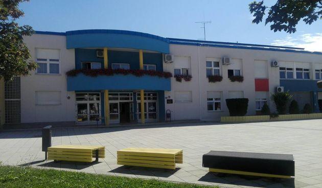 Dobar trend i bolja epidemiološka situacija u školama: U Karlovačkoj županiji manje zaraženih i učenika i zaposlenika - u samoizolaciji 188 učenika