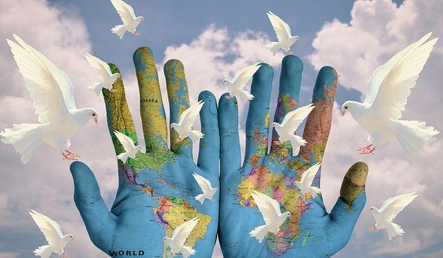 Karlovačko društvo Joga u svakodnevnom životu obilježilo Međunarodni dan mira kod Drva mira na Ruskom putu