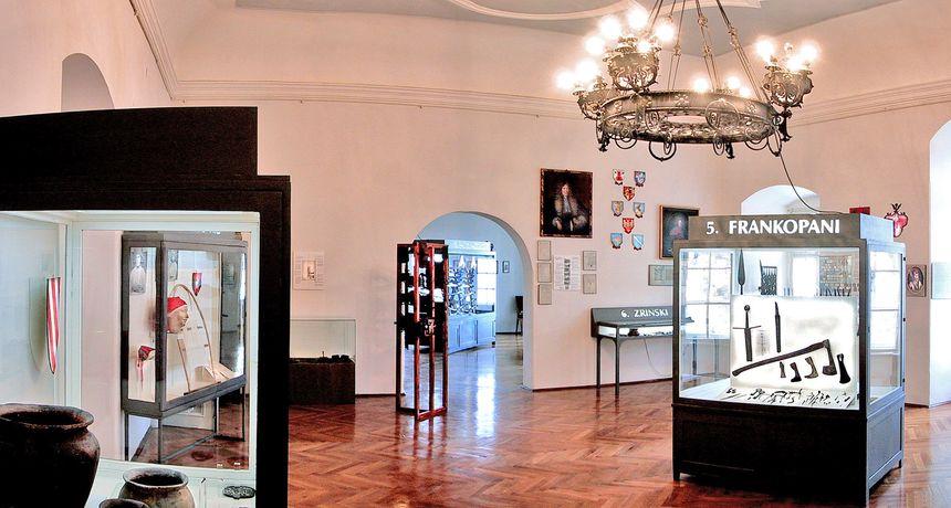 U Zavičajnom muzeju u Ozlju izložba posvećena 30-toj obljetnici početka Domovinskog rata i napada na Karlovac