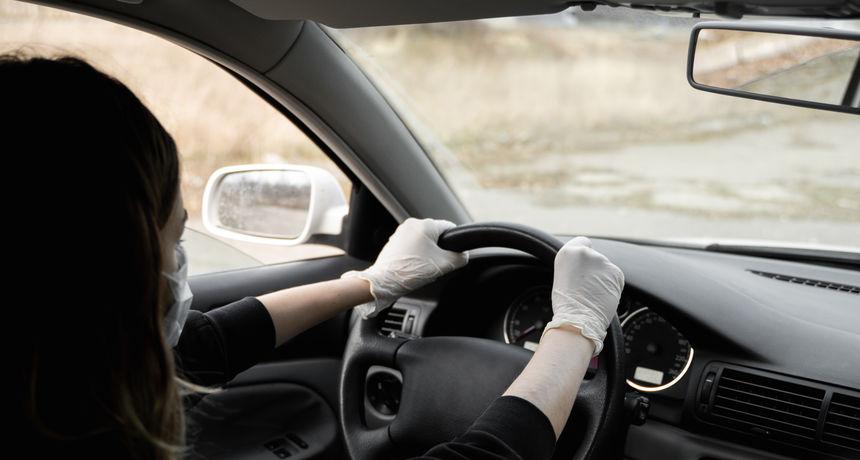 Hit status iskustva iz autoškole: 'Što se dogodi kad istovremeno stisnemo gas i kočnicu?'