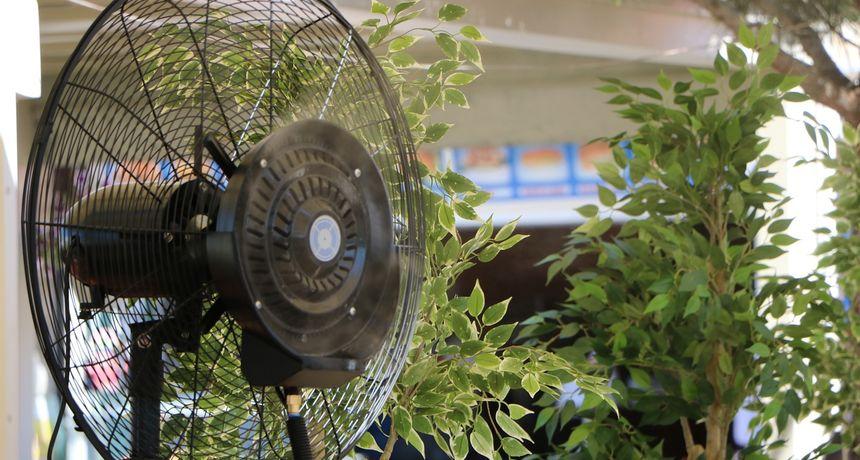 Ovaj super trik s termoforom pomoći će vam da se rashladite tijekom toplih ljetnih noći