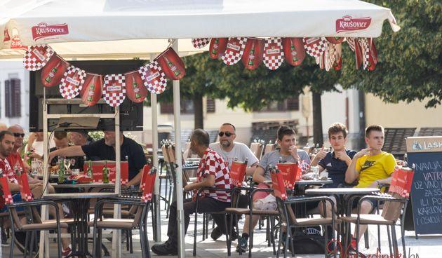 Varaždinci bodrili Hrvatsku protiv Češke