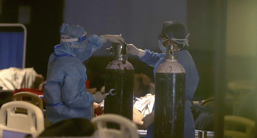 Ženi u bolnici uzeli kisik kako bi ga dali nekome važnijem, sin je preklinjao: 'Majka će umrijeti!'