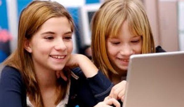 Djeca, kompjuter, internet, laptop