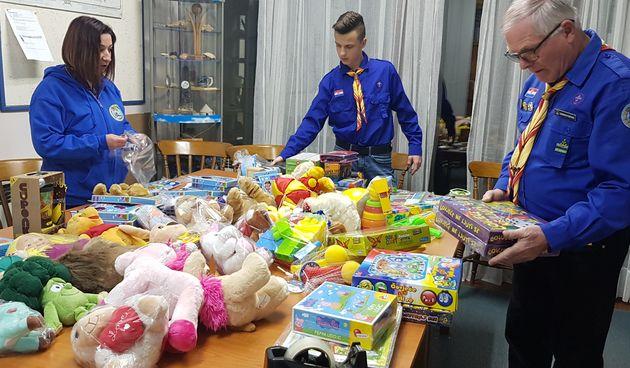 Osječki izviđači prikupili brojne igračke za djecu s potresom pogođenih područja
