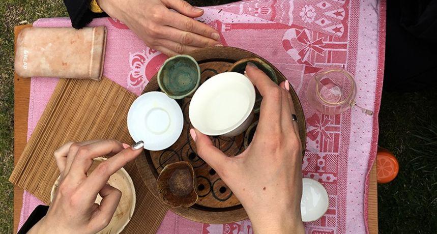 U subotu u Dvorištu zajednice izložba keramike i radionica kineskog stila pripremanja čaja gong fu