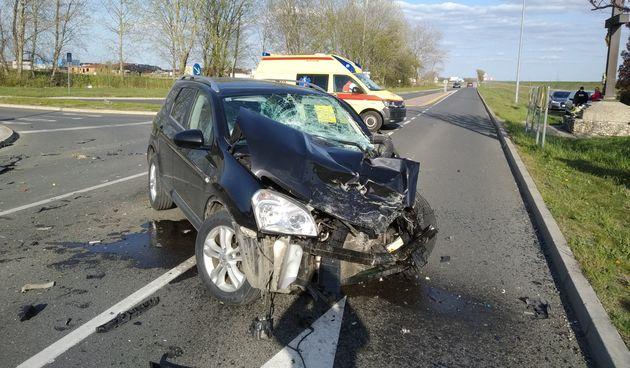 FOTO Nesreća u Prelogu: Sudar auta i kamiona, hitna na terenu