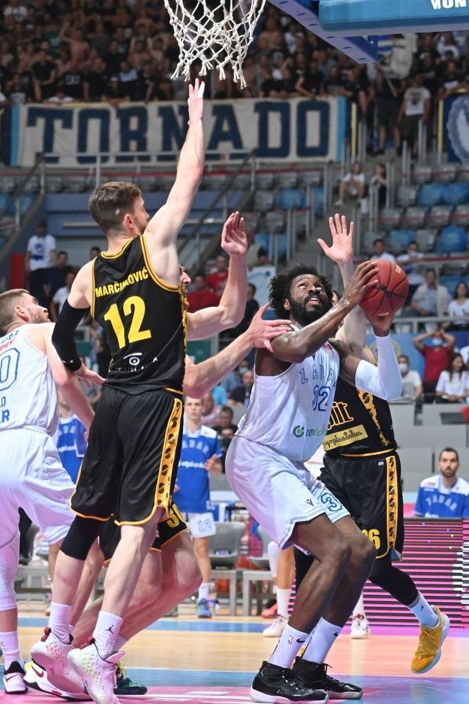 Finale doigravanja, 5. utakmica: KK Zadar - KK Split