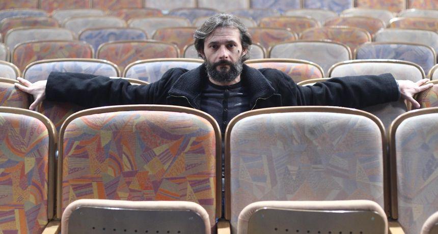 Iznenada preminuo poznati hrvatski glumac i redatelj Saša Anočić (52)