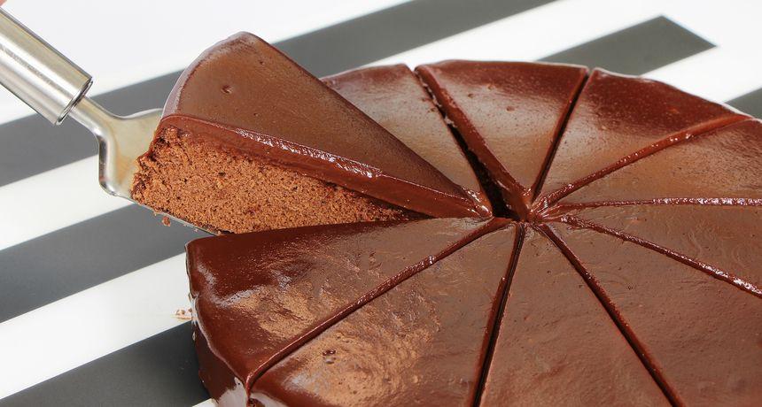 Najnoviji recepti kolača: Kako pripremiti tortu bez pečenja?