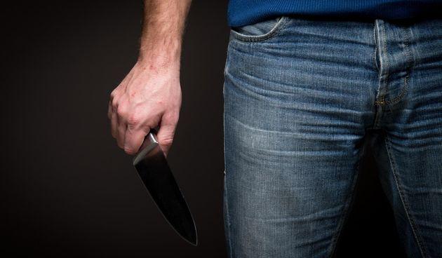 Napad nožem