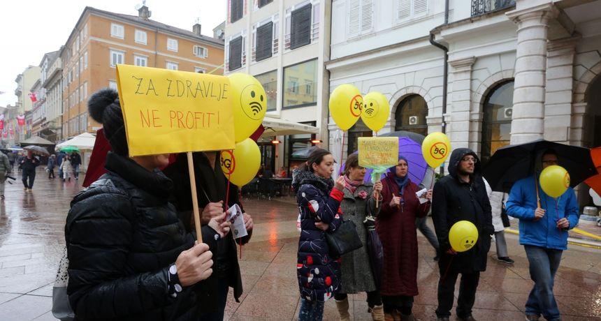 I Ljubljana se pridružila globalnom prosvjedu protiv 5G tehnologije: Okupilo se samo 200 ljudi