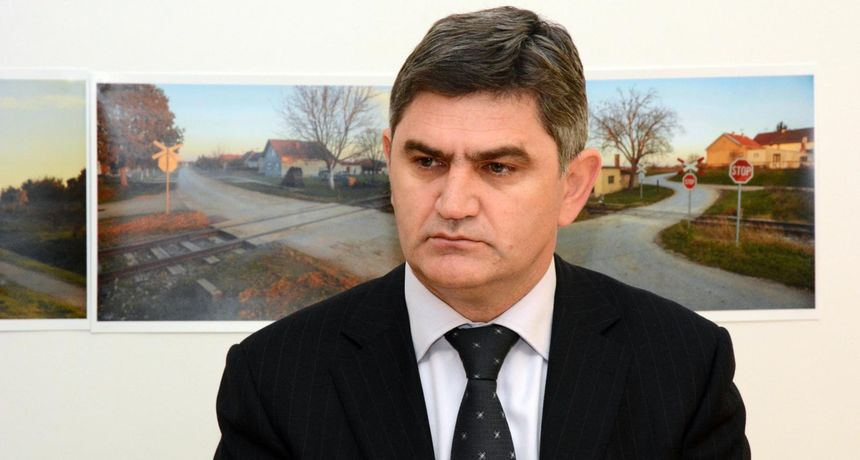 HDZ-ov gradonačelnik Otoka izbacuje ljude iz stranke, ali troškove plaća Grad. I nije mu prvi puta