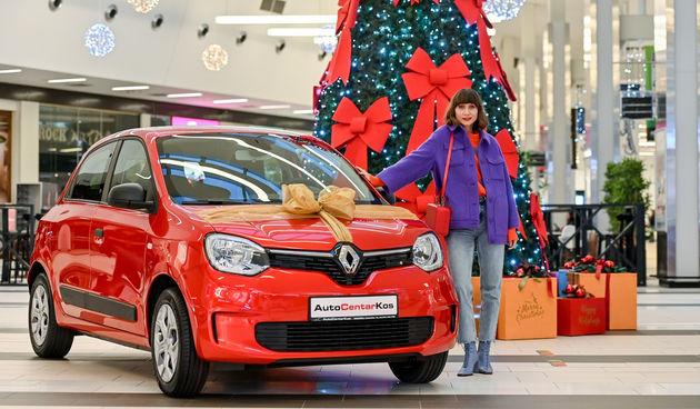 Najbolje vrijeme godine tek dolazi! Možeš osvojiti crveni Renault Twingo